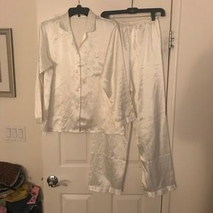 Other - Ivory silk pjs